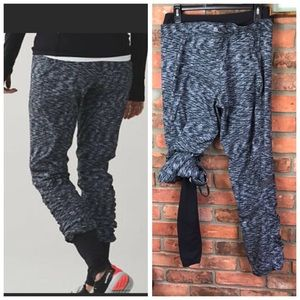 Lululemon Runderful Pant With Leggings High Rise Zip Pocket Stretch Joggers 2in1